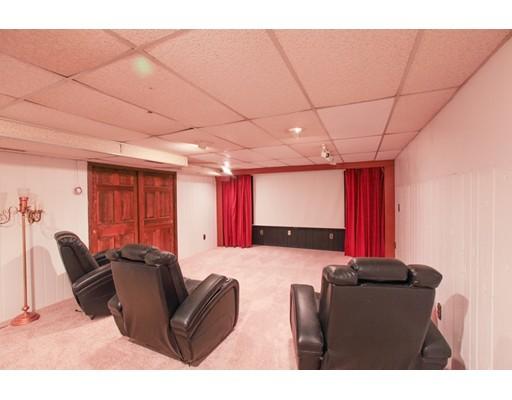 独户住宅 为 销售 在 5 Aspen Circle Londonderry, 新罕布什尔州 03053 美国