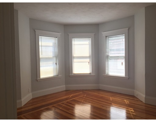5 Albion St 1, Somerville, MA 02143