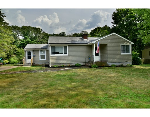 Single Family Home for Sale at 136 Wyman Road Abington, Massachusetts 02351 United States