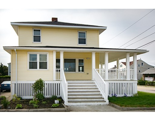 Single Family Home for Sale at 98 Revere St. OCEANSIDE 98 Revere St. OCEANSIDE Hull, Massachusetts 02045 United States