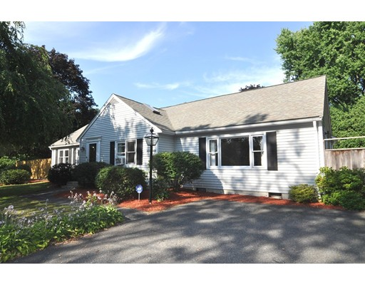 387 Central St, Acton, MA 01720