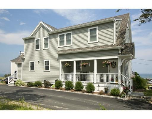 واحد منزل الأسرة للـ Sale في 12 Whitehead Avenue 12 Whitehead Avenue Hull, Massachusetts 02045 United States