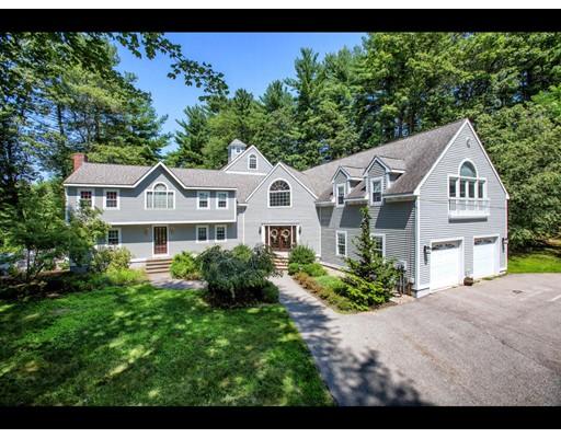 Maison unifamiliale pour l Vente à 20 Middle Street 20 Middle Street West Newbury, Massachusetts 01985 États-Unis