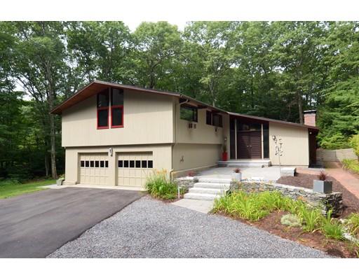 Частный односемейный дом для того Продажа на 30 Twin Spring Drive Boylston, Массачусетс 01505 Соединенные Штаты