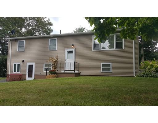 واحد منزل الأسرة للـ Sale في 2 Laprise Court Dudley, Massachusetts 01571 United States