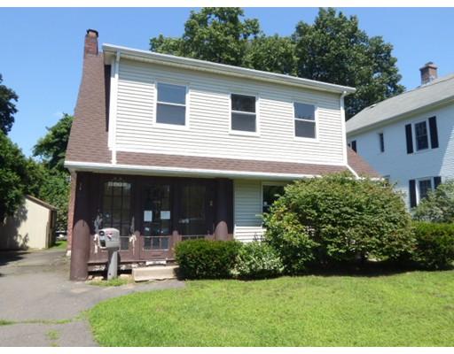 独户住宅 为 销售 在 37 Princeton Street 37 Princeton Street Holyoke, 马萨诸塞州 01040 美国