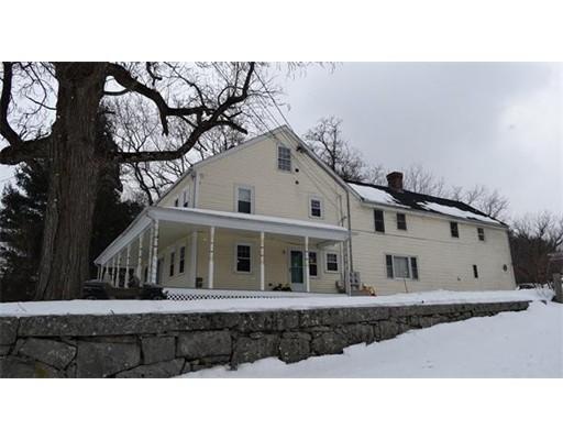 Casa Unifamiliar por un Alquiler en 95 Providence Street Mendon, Massachusetts 01756 Estados Unidos