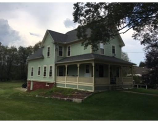 独户住宅 为 出租 在 38 Elmwood Street 格拉夫顿, 01560 美国