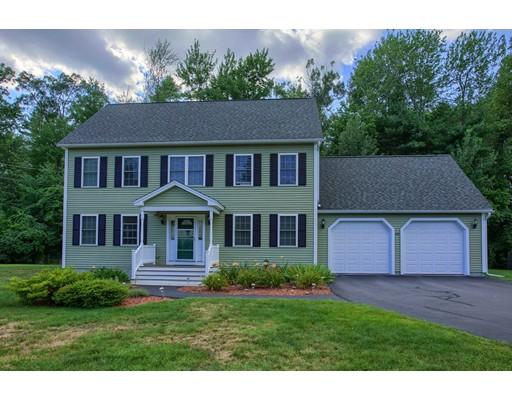 واحد منزل الأسرة للـ Sale في 610 Townsend Street Fitchburg, Massachusetts 01420 United States