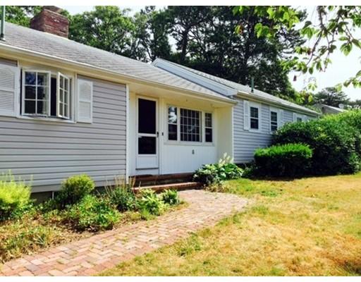 Maison unifamiliale pour l Vente à 6 Riverside Ter Harwich, Massachusetts 02671 États-Unis