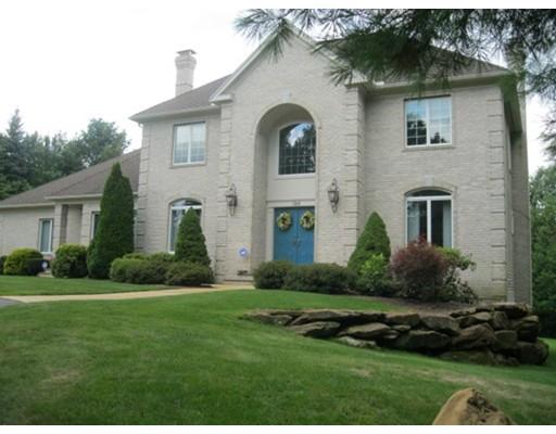واحد منزل الأسرة للـ Sale في 184 Cranbrook Drive Holden, Massachusetts 01520 United States