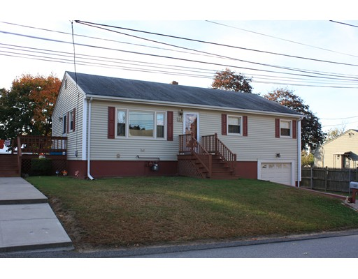 Single Family Home for Sale at 20 Rome Avenue 20 Rome Avenue North Providence, Rhode Island 02904 United States