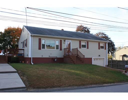 Maison unifamiliale pour l Vente à 20 Rome Avenue 20 Rome Avenue North Providence, Rhode Island 02904 États-Unis