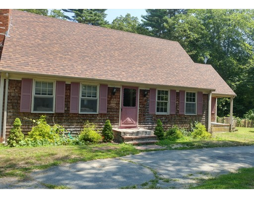 Single Family Home for Sale at 17 Rounsevell Drive Freetown, Massachusetts 02717 United States