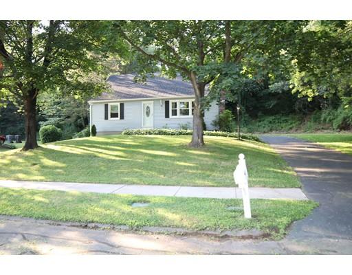 独户住宅 为 销售 在 9 Kennedy Drive Enfield, 康涅狄格州 06082 美国