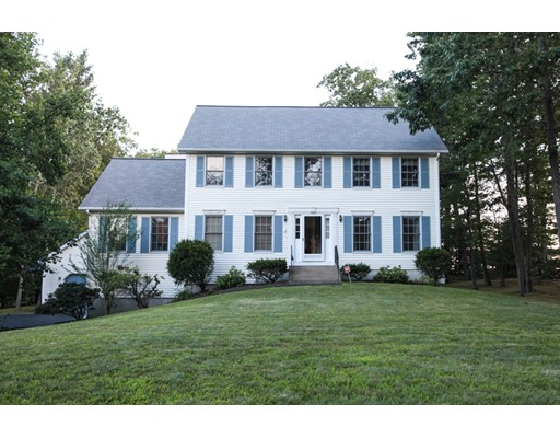 Single Family Home for Sale at 17 Faith Drive Derry, New Hampshire 03038 United States