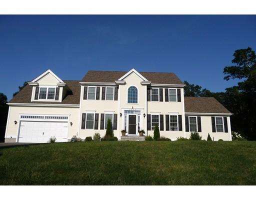 Maison unifamiliale pour l Vente à 2659 Courtlyn Road Dighton, Massachusetts 02715 États-Unis