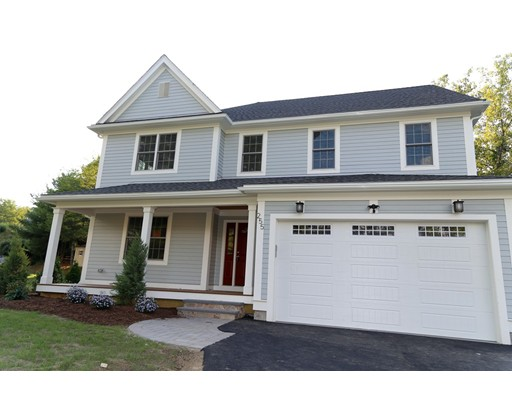 Casa Unifamiliar por un Venta en 255 Hudson 255 Hudson Northborough, Massachusetts 01532 Estados Unidos