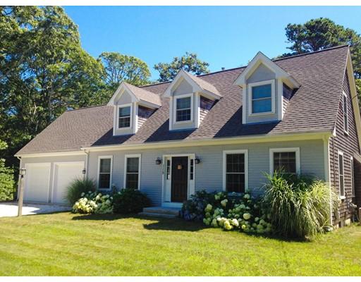 Частный односемейный дом для того Продажа на 115 Gages Brewster, Массачусетс 02631 Соединенные Штаты