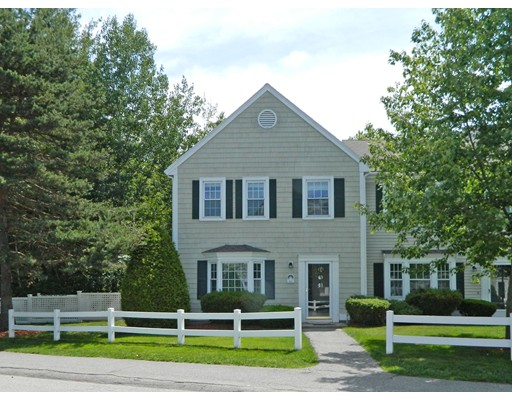 Single Family Home for Rent at 101 Brookside Drive 101 Brookside Drive Andover, Massachusetts 01810 United States