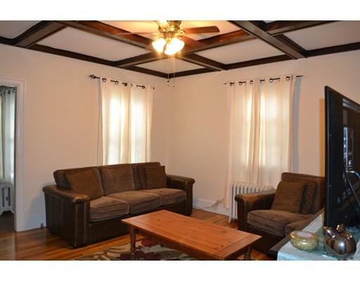 Частный односемейный дом для того Аренда на 31 Eames Street Framingham, Массачусетс 01702 Соединенные Штаты