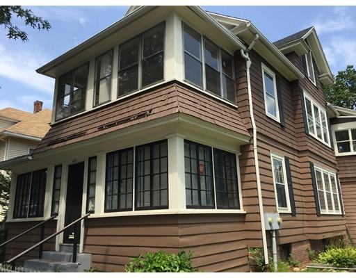 多户住宅 为 销售 在 639 White Street Springfield, 马萨诸塞州 01108 美国