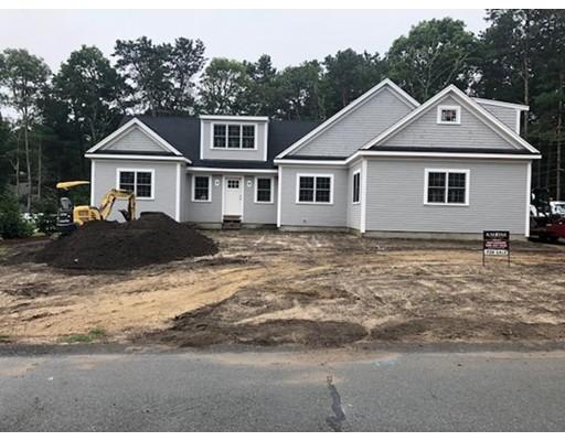 Casa Unifamiliar por un Venta en 32 Marway Mashpee, Massachusetts 02649 Estados Unidos