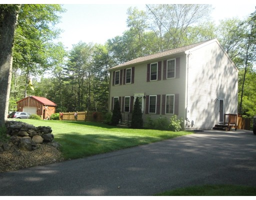 Single Family Home for Sale at 161 Union Road Wales, Massachusetts 01081 United States
