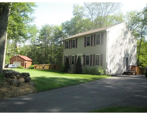 Casa Unifamiliar por un Venta en 161 Union Road Wales, Massachusetts 01081 Estados Unidos