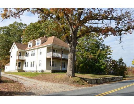 独户住宅 为 出租 在 61 Elmwood Street 格拉夫顿, 01560 美国
