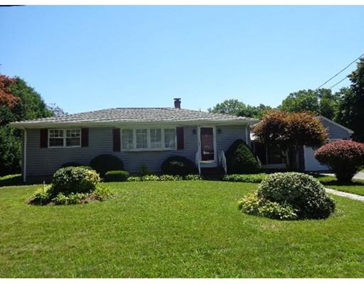 Maison unifamiliale pour l Vente à 225 Baylies Street Dighton, Massachusetts 02764 États-Unis