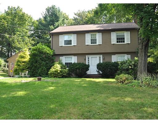 独户住宅 为 销售 在 10 Eunice Circle 韦克菲尔德, 马萨诸塞州 01880 美国