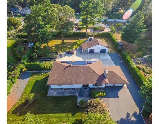 Casa Unifamiliar por un Venta en 19 Fairway Drive Acushnet, Massachusetts 02743 Estados Unidos