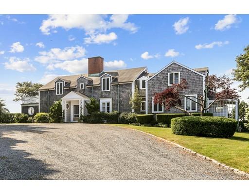 Maison avec plusieurs logements pour l Vente à 1 Wharf Street 1 Wharf Street Nahant, Massachusetts 01908 États-Unis