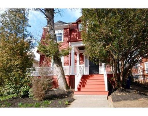 Частный односемейный дом для того Аренда на 36 Laurel #1 36 Laurel #1 Somerville, Массачусетс 02143 Соединенные Штаты