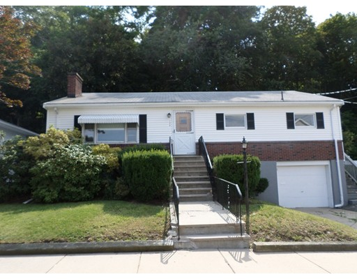 124 Cook Ave, Chelsea, MA 02150