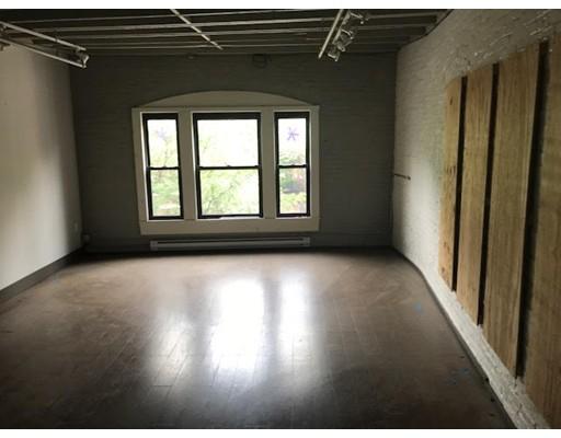 Commercial for Rent at 62 Harvard Street 62 Harvard Street Brookline, Massachusetts 02445 United States
