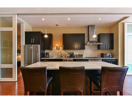 共管式独立产权公寓 为 销售 在 36 A Street Boston, Massachusetts 02127 United States
