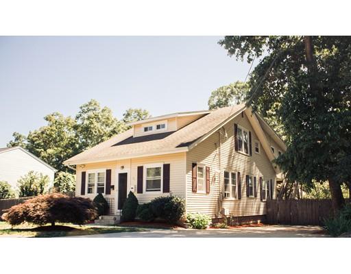 独户住宅 为 销售 在 51 Small Street Fall River, 02720 美国