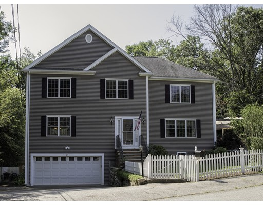 Single Family Home for Sale at 25 Oxford Road Natick, Massachusetts 01760 United States