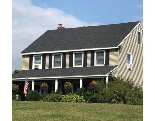 Casa Unifamiliar por un Venta en 19 Jewell Street South Hampton, Nueva Hampshire 03827 Estados Unidos