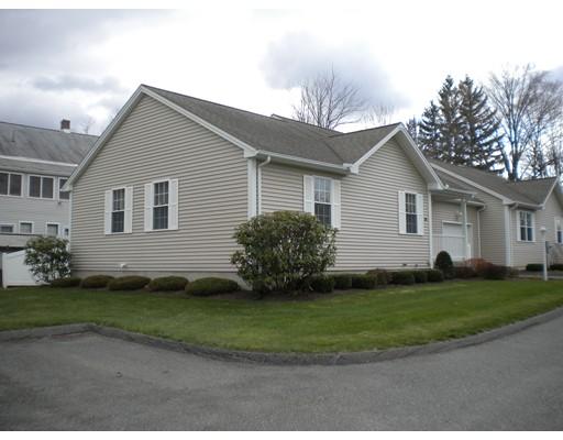 共管式独立产权公寓 为 销售 在 6 Laura Avenue Easthampton, 马萨诸塞州 01027 美国