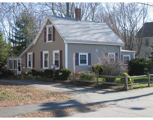 Maison unifamiliale pour l Vente à 95 Monroe Street Abington, Massachusetts 02351 États-Unis