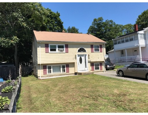 29  Wellington St,  Brockton, MA