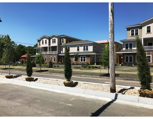 شقة بعمارة للـ Sale في 8 Milano Way 8 Milano Way Salem, New Hampshire 03079 United States