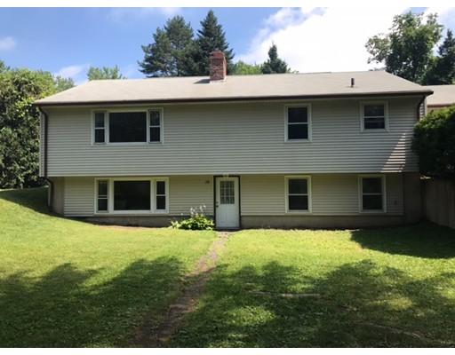 Casa Unifamiliar por un Venta en 28 South Mount Holyoke Drive Amherst, Massachusetts 01002 Estados Unidos
