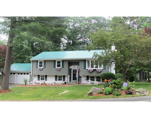 Single Family Home for Sale at 302 Shaw Avenue Abington, Massachusetts 02351 United States