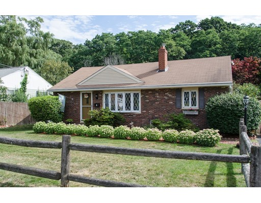 Single Family Home for Sale at 6 Appletree Road Danvers, Massachusetts 01923 United States