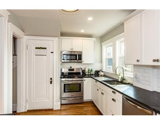 Rentals for Rent at 148 Walter Street Boston, Massachusetts 02131 United States