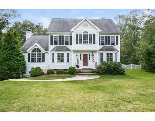 Частный односемейный дом для того Продажа на 2 Larkin Lane Hopedale, Массачусетс 01747 Соединенные Штаты